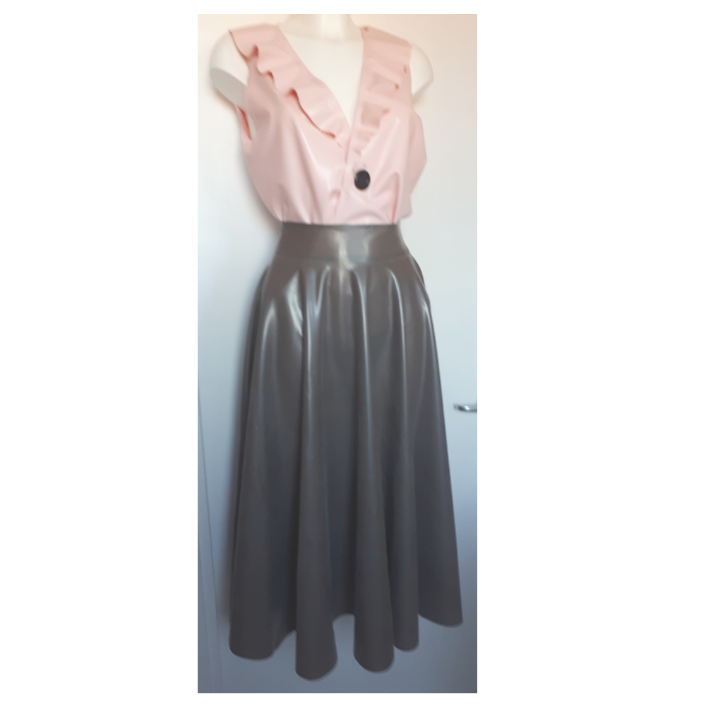 latex Skrt-circle-long-outfit